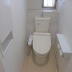 1Fトイレ 洗浄暖房便座付
