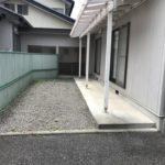 専用庭には軽自動車も駐車可能